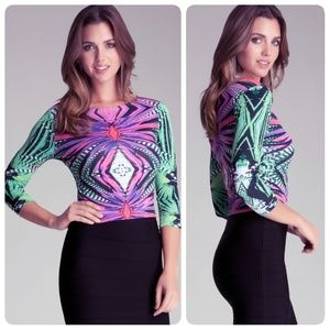 Like New! Bebe psychedelic printed crop tops XS
